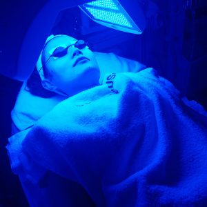 What is Led Light and why It's best to have it with your facial? 2